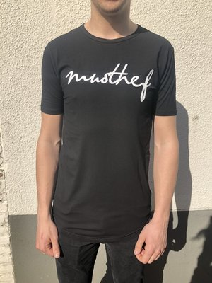 T-SHIRT MUSTHEF ZWART
